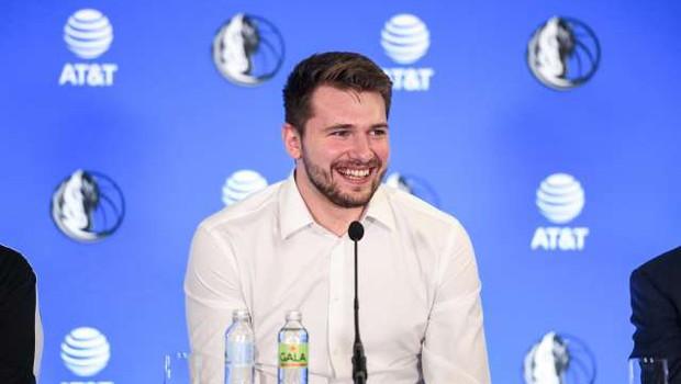 Dončić z maksimalno vsoto za podaljšanje v ligi NBA postaja najbolje plačan slovenski športnik (foto: Nebojša Tejić/STA)