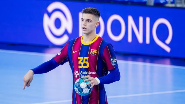 Kaj nam je zaupal Domen Makuc, rokometaš, ki ga zaradi neverjetnega športnega talenta primerjajo z Dončićem (foto: Sara Gordon (FCB Team))