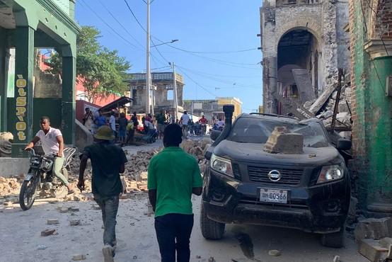 Potres na Haitiju terjal več kot 700 življenj, mnogo ljudi še pogrešajo