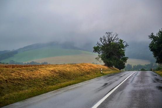 Padavine bodo prihodnji teden ohladile za približno deset stopinj