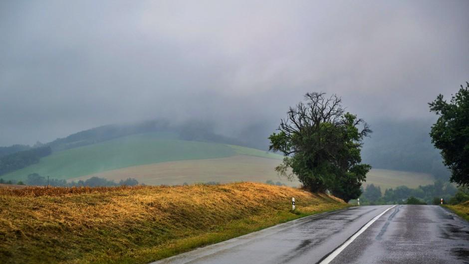 Padavine bodo prihodnji teden ohladile za približno deset stopinj (foto: profimedia)