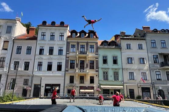 Mega trampolin osvojil Slovenijo (zdaj pa se zanj zanimajo še Dubaj, Pariz in Las Vegas)
