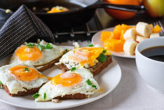 Menite, da bi lahko zmazali ta gigantski zajtrk, ki ga je do sedaj uspelo le trem gostom?