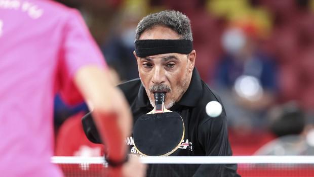 Igralec namiznega tenisa, ki nima rok, fasciniral na paralimpijskih igrah (foto: Profimedia)
