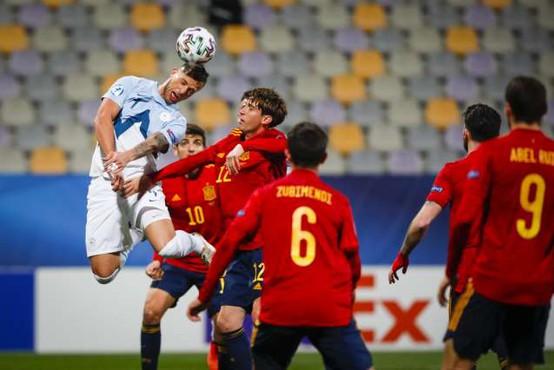 Nogometni branilci so bolj izpostavljeni tveganju za demenco