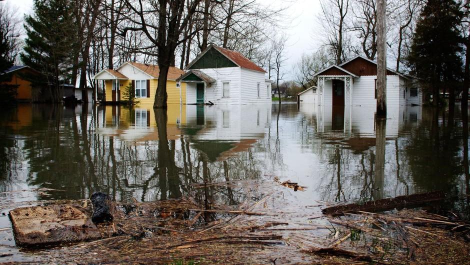 Migrantom, ki jih poznamo, se bodo zaradi podnebnih sprememb kmalu pridružili še okoljski (foto: profimedia)