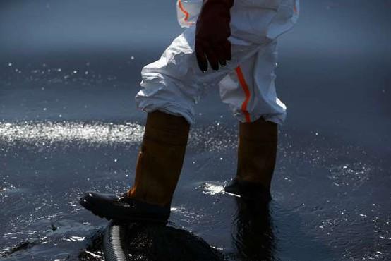 Proti Cipru se z območja Sirije širi naftni madež