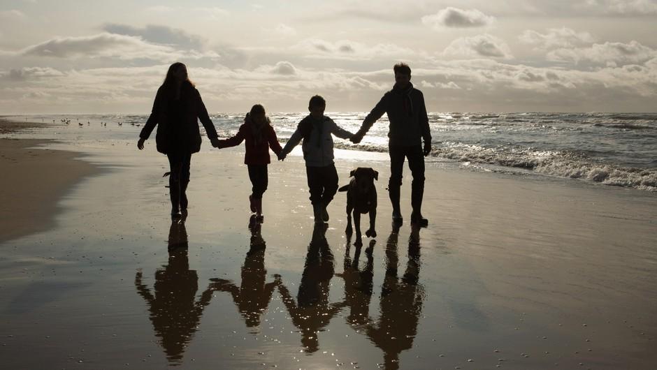Svojemu kužku lahko pomagate, da živi daljše in bolj zdravo življenje - 5 stvari, ki jih morate vedeti (foto: profimedia)