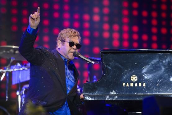 Elton John napovedal nov album in dolgo poslovilno turnejo