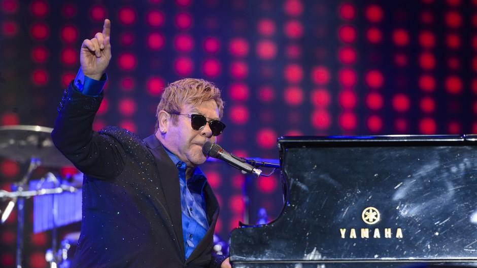 Elton John napovedal nov album in dolgo poslovilno turnejo (foto: profimedia)