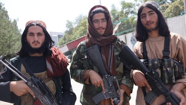 Minister za notranje zadeve nove talibanske vlade je na listi iskanih teroristov (foto: profimedia)