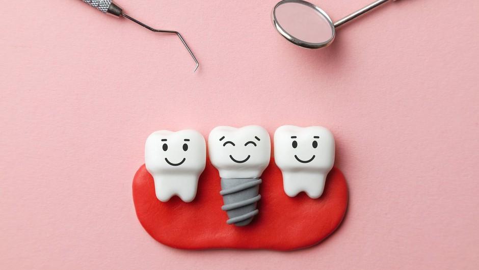 Pri boleznih dlesni svojo vlogo poleg zobne ščetke igra tudi genetika! (foto: profimedia)