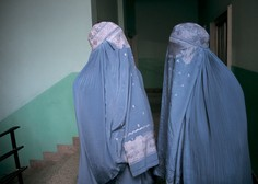 Afganistanke bodo lahko študirale, a ločeno od moških in s pokritim obrazom