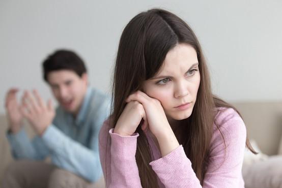 Razmišljate, da bi se razšli s svojim partnerjem - tukaj je 8 znakov, da razmišljate prav