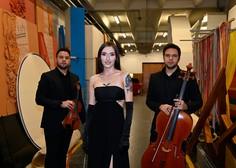Občinstvo festivala za letošnjo slovensko popevko prepričala Raiven z Volkovi