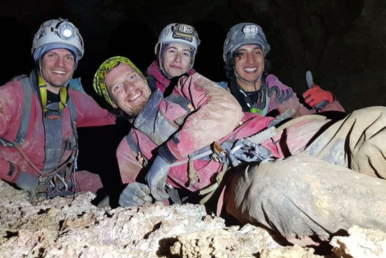 Slovenski jamarji presegli globino 1000 metrov