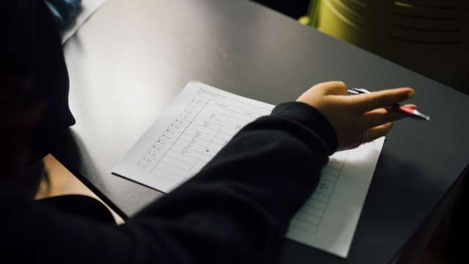 Slovenija po vključenosti odraslih v izobraževanje tik pod povprečjem EU (foto: Nik Jevšnik/STA)