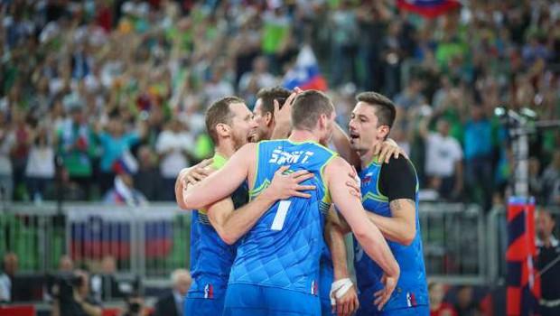 Slovenci z zmago nad Hrvati v četrtfinalu EP (foto: Anže Malovrh/STA)