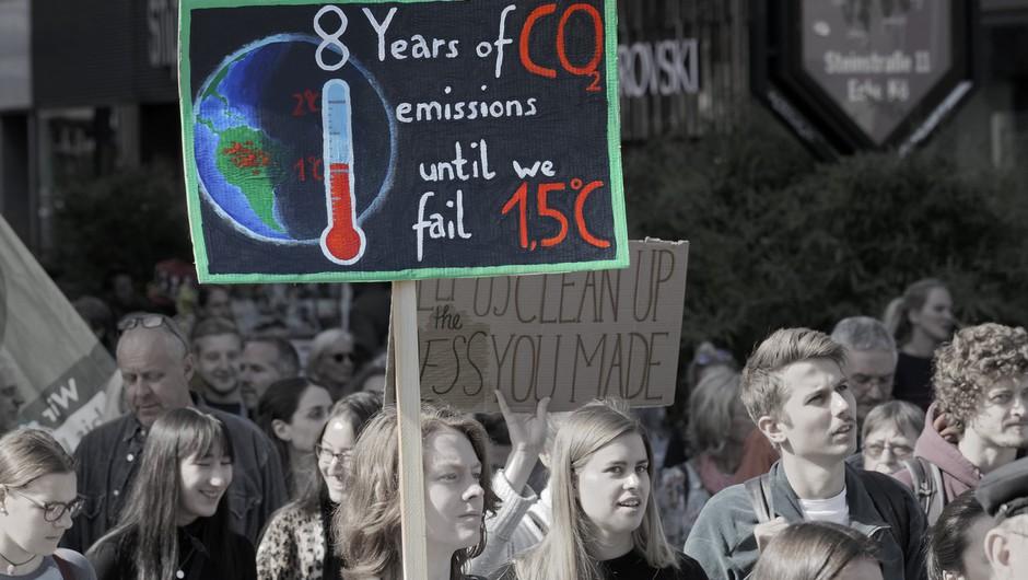 Večina mladih trpi za 'klimatsko anksioznostjo' in je prepričana, da 'je s človeštvom konec' (foto: profimedia)