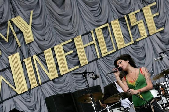 V Londonu pripravljajo veliko retrospektivo o pevki Amy Winehouse