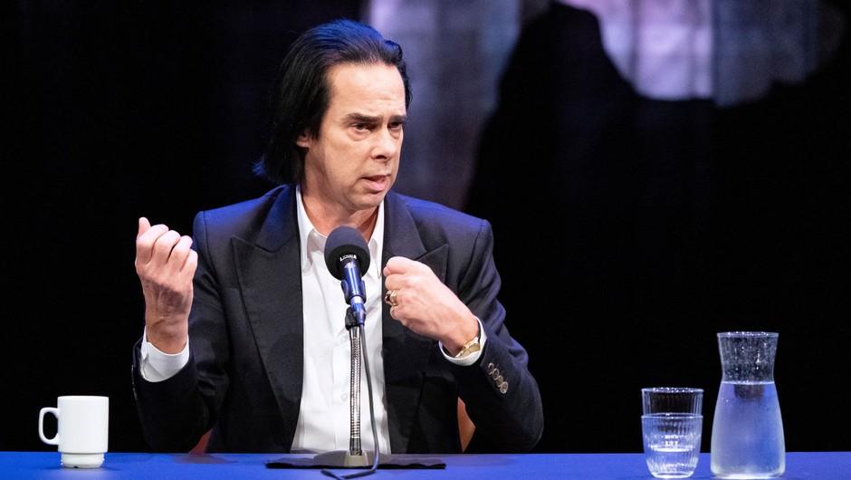 Nick Cave bo v knjigi spregovoril o letih po sinovi smrti (foto: Profimedia)
