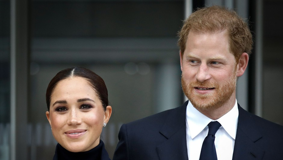 Princ Harry in Meghan Markle sta se sprehajala po New Yorku (prvič v javnosti po rojstvu njune hčerke Lili) (foto: Profimedia)