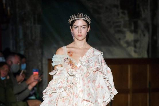 Poglejte najlepše kreacije z modnega tedna v Londonu
