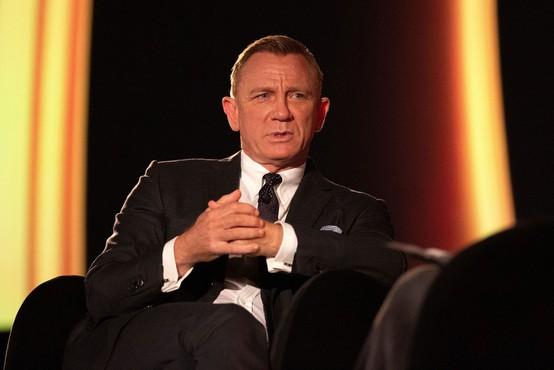 Po treh prestavitvah v torek končno premiera novega filma o agentu 007