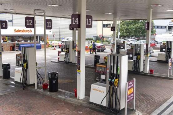 Na Otoku pozivi k prioritetnemu dostopu do goriv za ključne delavce