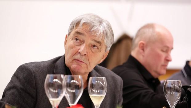 """Prvi zasebni vinogradnik vrhunske penine Janez Istenič: """"Penina sprošča napetosti in navdaja človeka z optimizmom."""" (foto: osebni arhiv)"""
