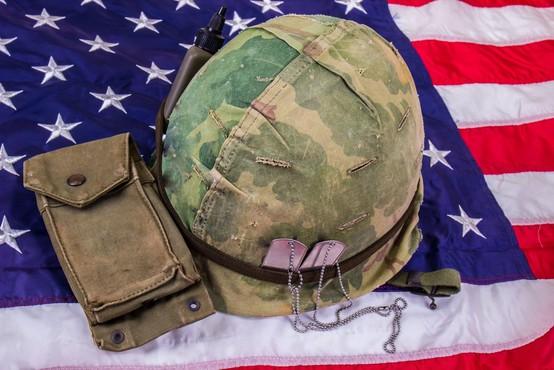 Število samomorov v ameriški vojski je v letu 2020 naraslo za 15 odstotkov