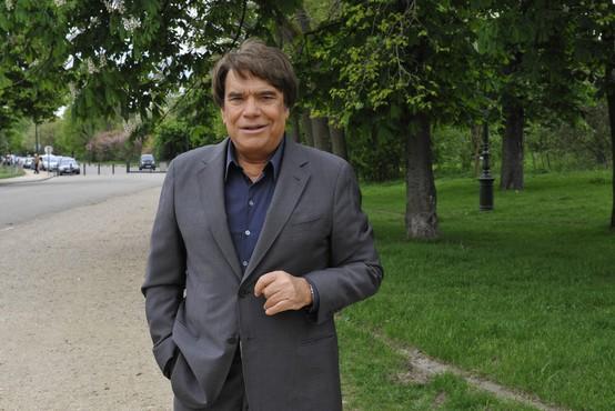 Poslovil se je Bernard Tapie, francoski poslovnež, politik, igralec, pevec in televizijski voditelj