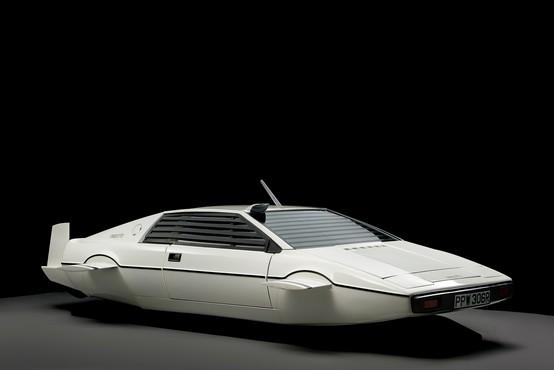 Deset v vrsto: najdražji avtomobili Jamesa Bonda
