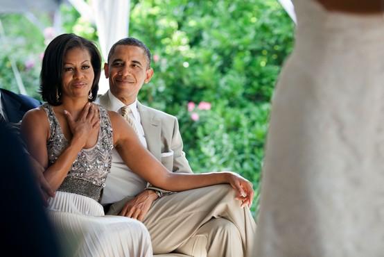 Prisrčne fotografije Barack in Michelle Obama ob njuni 29. obletnici poroke - vse, kar morate vedeti
