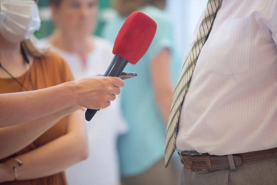 Evropsko združenje novinarjev podprlo zaposlene v slovenski medijih
