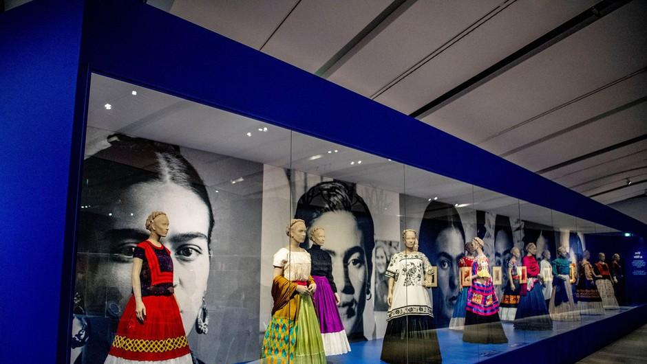 Razstava slik Fride Kahlo na Nizozemskem obogatena z njenimi osebnimi predmeti (foto: profimedia)