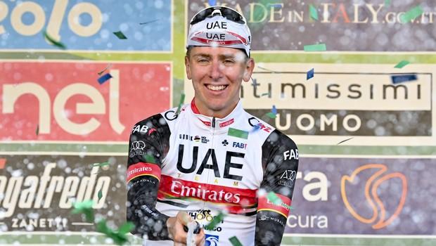Pogačar zmagal na eni največjih enodnevnih dirk na svetu, Roglič četrti (foto: profimedia)