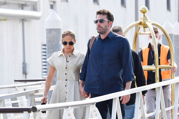 Zagotovo se strinjate, da sta Jennifer Lopez in Ben Affleck trenutno eden najbolj ljubkih parov! Tokrat sta se pojavila na …