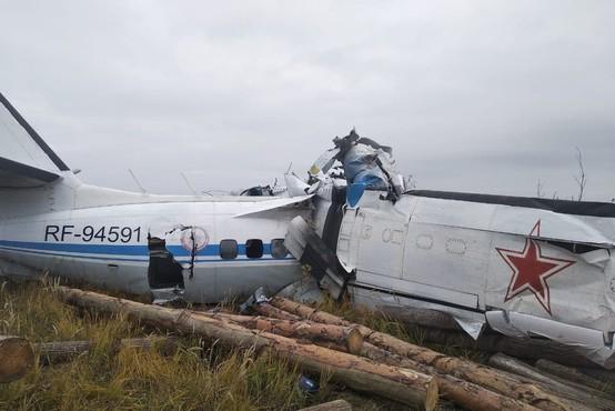 V Rusiji spet strmoglavilo letalo, tokrat  najmanj 16 smrtnih žrtev