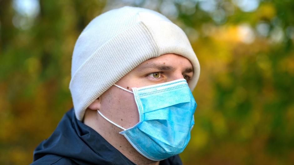 V nedeljo potrdili 186 okužb (foto: Profimedia)