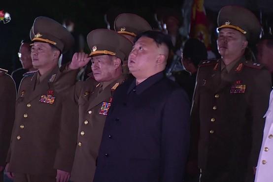 Nenavadni severnokorejski vojak pritegnil pozornost svetovne javnosti