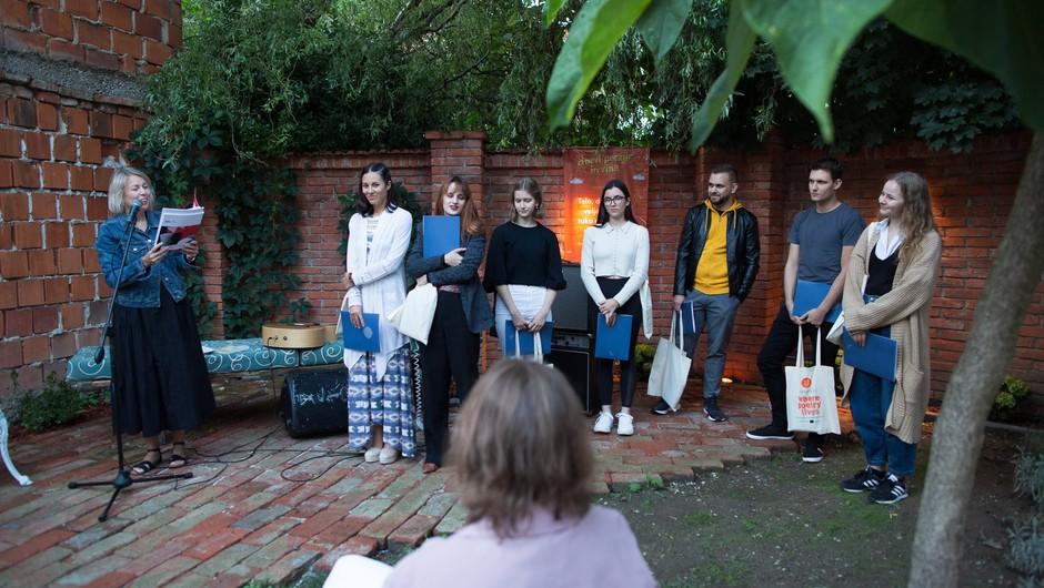 Letošnji nominiranci so brali tudi na 25. Dnevih poezije in vina na Ptuju. (foto: Matej Pušnik)