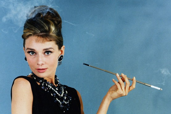 5 modnih zapovedi Audrey Hepburn, ki so uporabne še danes