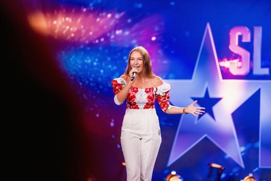 V zakulisju talentov: To je 17-letna Ana Grdadolnik, ki je Ladota Bizovičarja tako osupnila, da je padel s stola